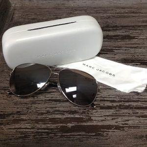 Marc Jacobs aviator sunglasses.